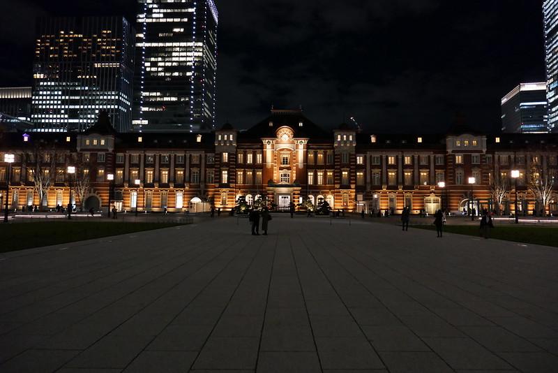 aspect ratio 3:2 Tokyo Station night view