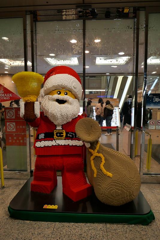 LEGO Santa 01