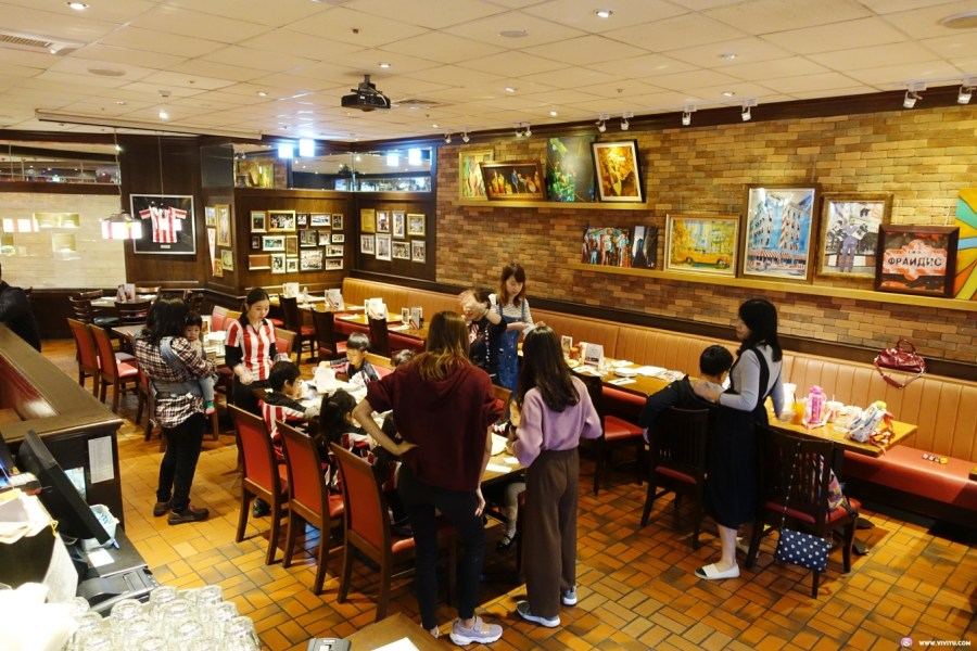 FRIDAYS,TGI,中壢美食,大江購物中心,桃園美食,美式餐廳,肋眼牛排,調酒 @VIVIYU小世界