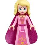 LEGO Movie 2 70824 Introducing Queen Watevra Wa'Nabi 05