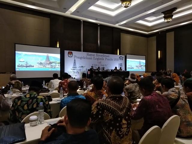 Suasana rakornas tata kelola logistik pemilu 2019 di Anvaya Hotel Beach Kuta Bali (2/12)