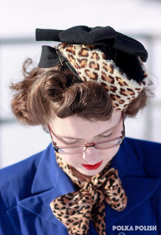 Blue suit with 1940s leopard hat