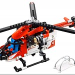 LEGO Technic 42092 Rescue Helicopter 2