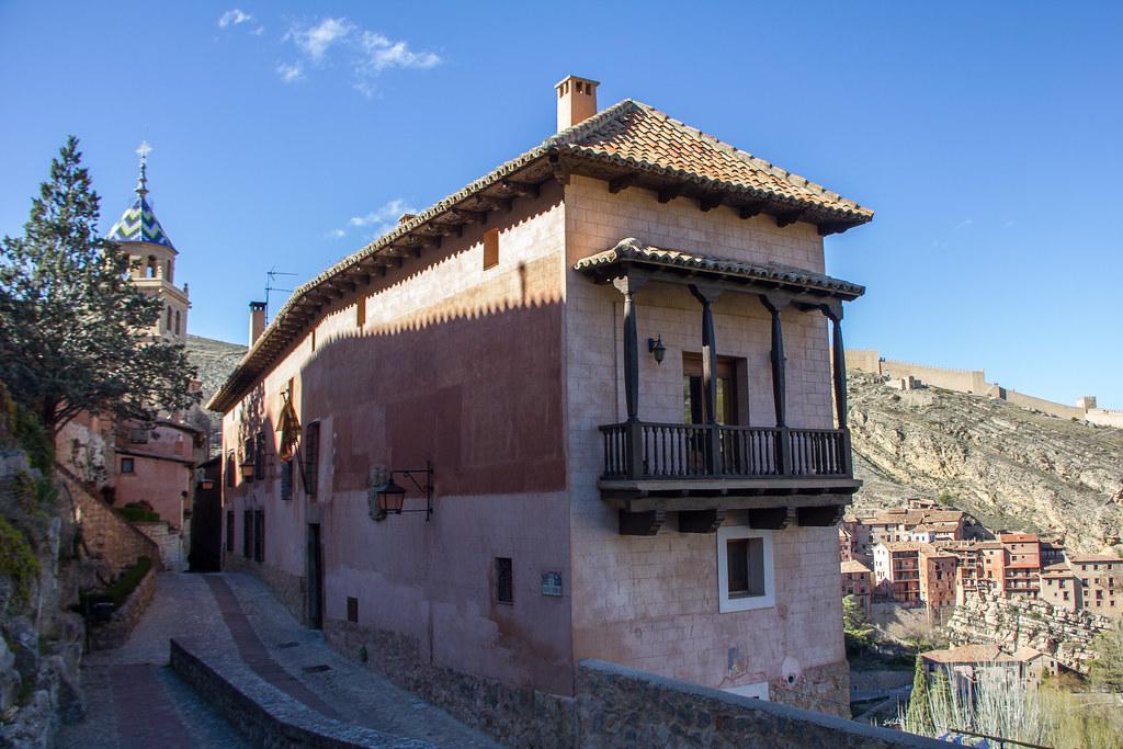 Albergue Juvenil Rosa Bríos calle Santa Maria Albarracin Teruel