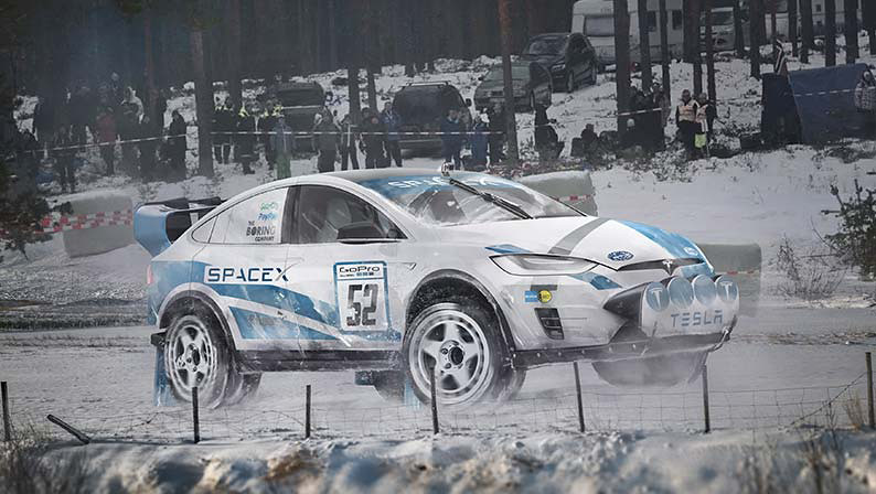 07_Tesla-Model-X-Rally-Car