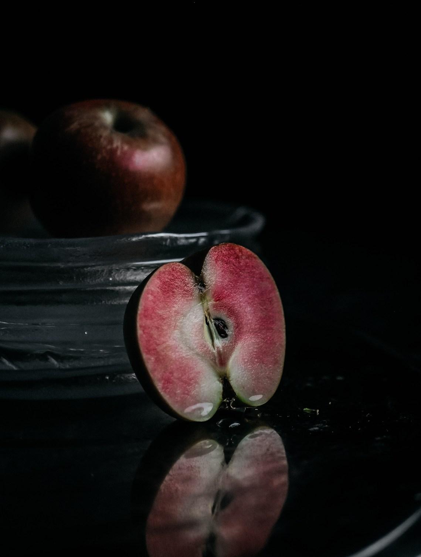 vaaleanpunainen omena