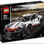 LEGO Technic 42096 Porsche 911 RSR 1