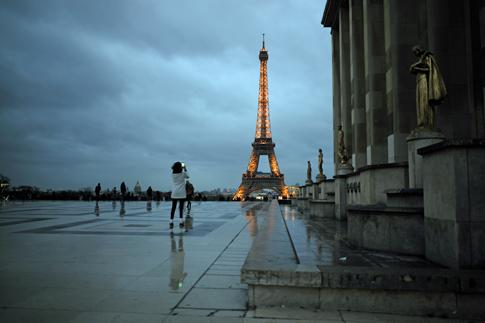 19a29 Trocadero Torre Eiffel_0041 variante Uti 485