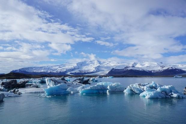 Jökulsárlón glacial lake, Southeast Iceland