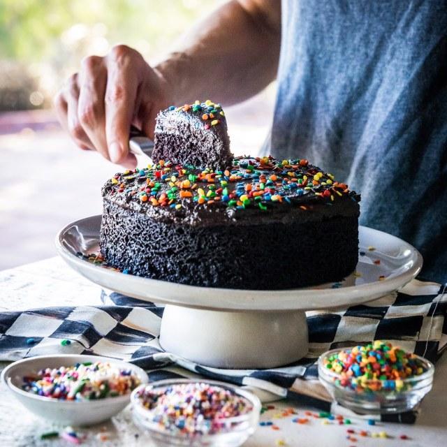 vegan chocolate puddle cake