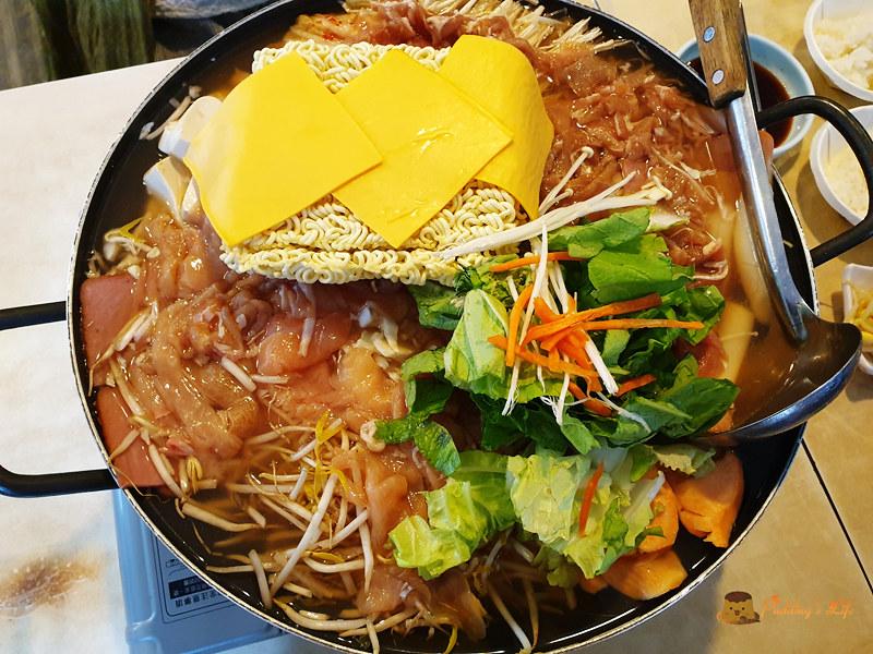 【臺北公館美食】韓式部隊鍋/烤肉《小飯館兒》平價韓國料理餐廳/近公館捷運站 @ Pudding's Life :: 痞客邦