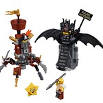 LEGO Movie 2 70836 Battle ready Batman and MetalBeard 02