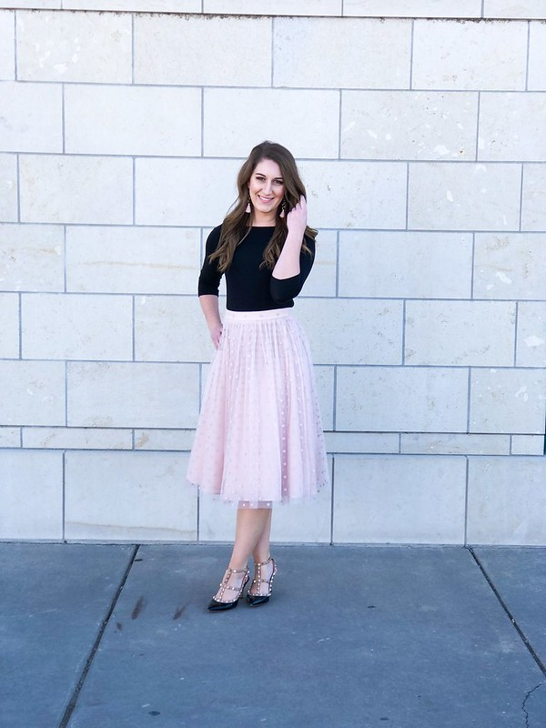 Black and blush combo in Delano