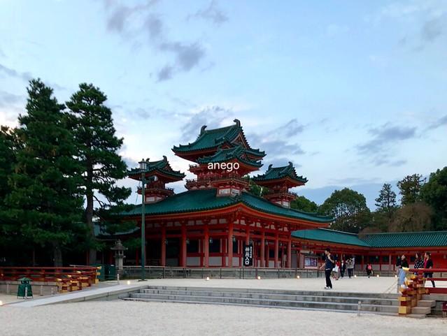 平安神宮 左側