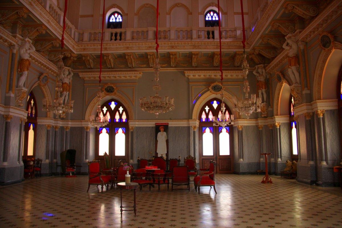 Prag Mahal is in Bhuj