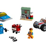 LEGO Movie 2 70821 Emmet and Benny's Build and Fix Workshop 02