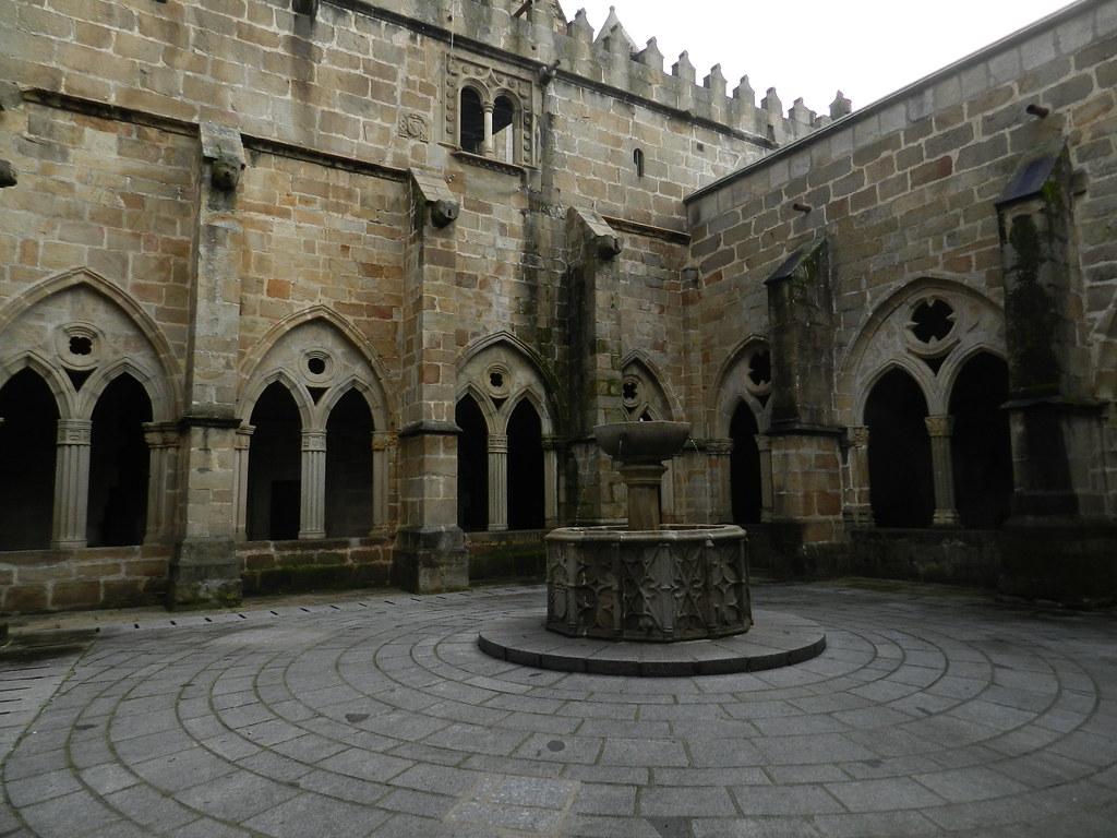 claustro Catedral Vieja o Santa Maria Plasencia Caceres 05