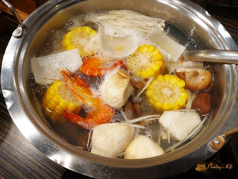 【新竹美食】好客海鮮炭火燒肉吃喝到飽《好客燒烤》火車站對面晶品城餐廳 @ Pudding's Life :: 痞客邦