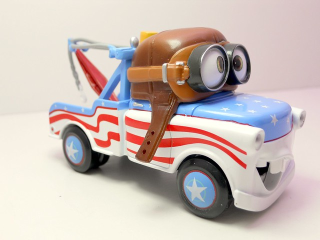 Disney Store CARS Aviator Mater (2)