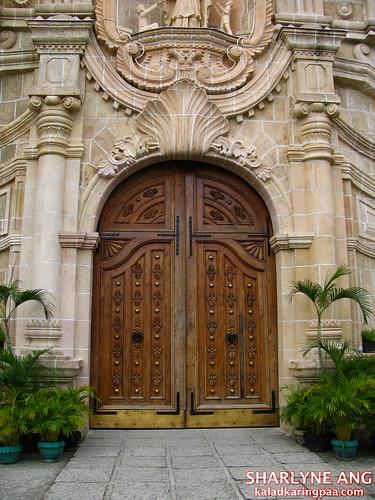Door of Miag-ao Church, Iloilo in color