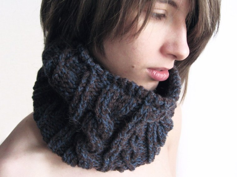 Scarf snood-Turtle-Neck-4-Brown