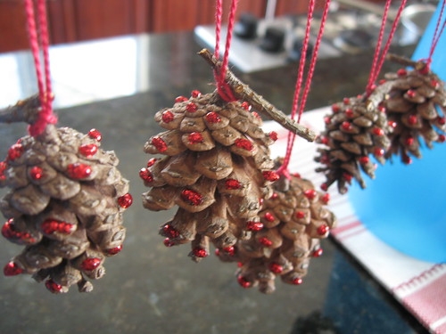 glittery pinecones - red