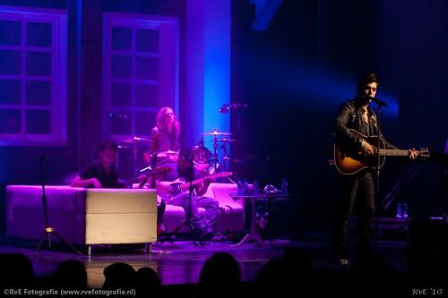 "Waylon ""Nothing to lose"" theatershow Agora Lelystad (11-12-2010)."