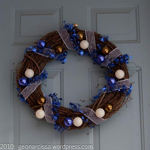christmas wreath, december 20102.jpg