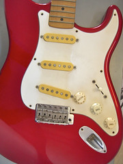 DIY guitar repair - Fender Stratocaster