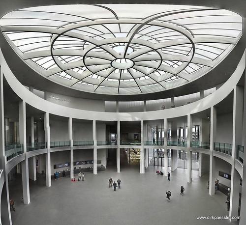 Pinakothek der Moderne, Munich by Dirk Paessler