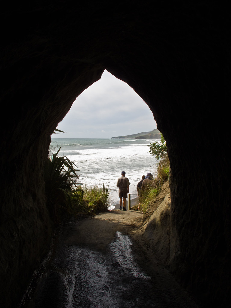 The tunnel to Waikawau Beach