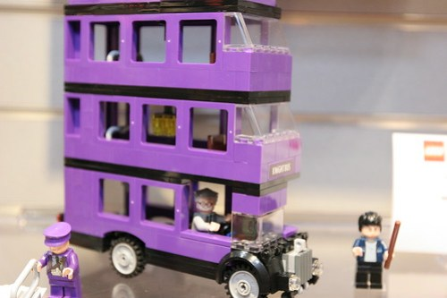 LEGO Toy Fair 2011 - Harry Potter - 4866 The Knight Bus - 03