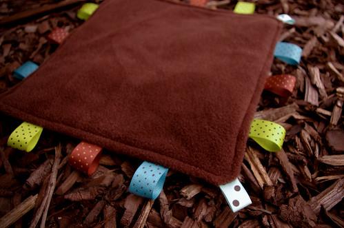 Taggie Blanket - fleece side