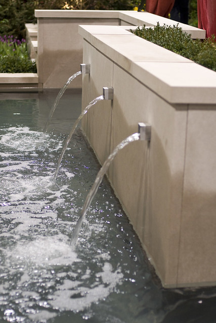 Wall Fountain 1