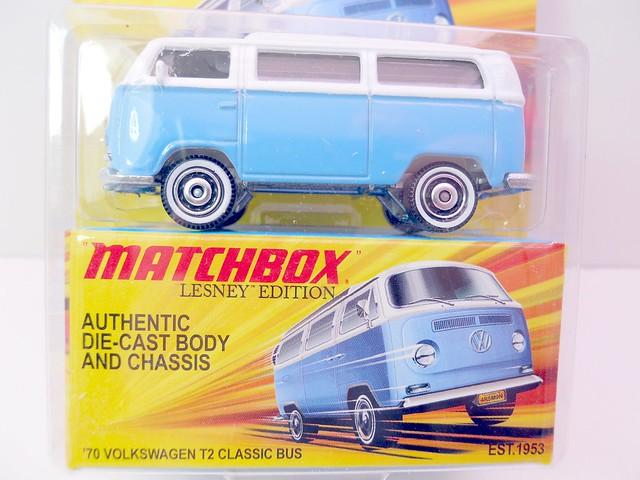 matchbox '70 volkswagen t2 classic bus (2)
