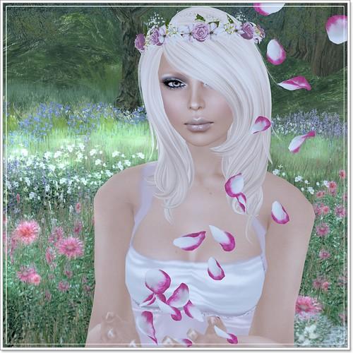 Hatpins Rhosyn Wreath - Sixty Linden Weekend