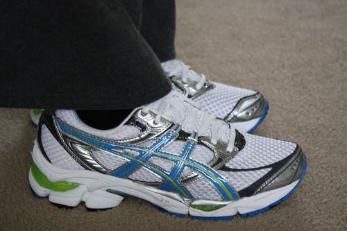 Asics Gel Cumulus shoes