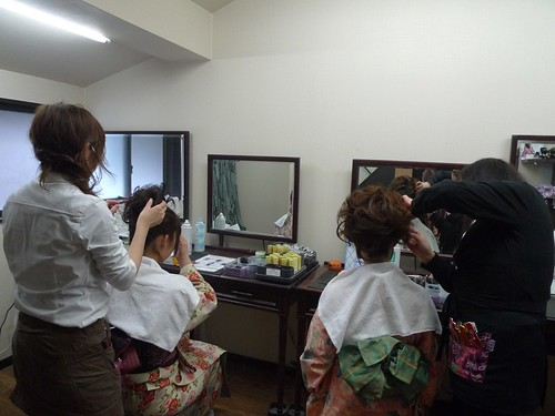 Hair session after kimono dressing