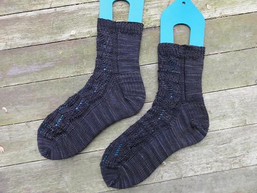 Ribbed Ribbon Socks