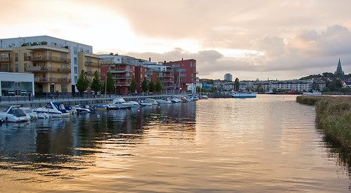 Hammarby Sjöstad (by: Daniel Mott, creative commons license)