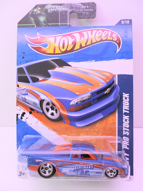 hot wheels chevy pro stock truck blue (1)