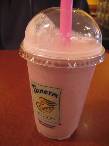 Panera Low-Fat Wild Berry smoothie