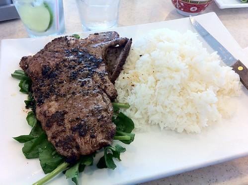 Tank Noodle: steak