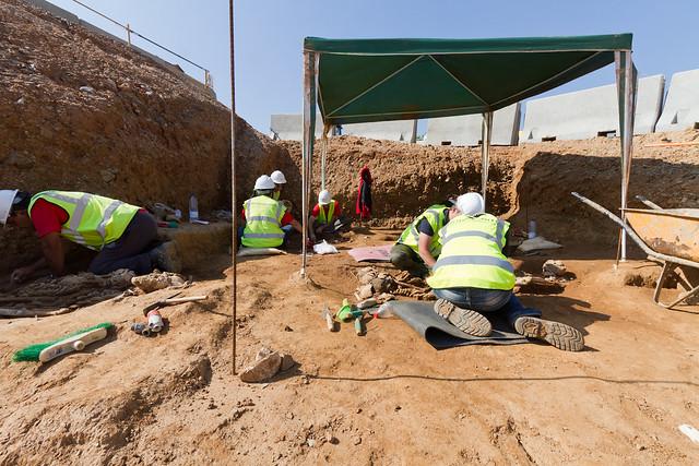Campamento arqueológico en zona de Rambla Prim - 03-05-11