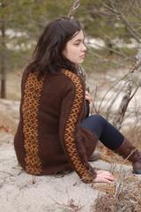 peruvia roositud sweater