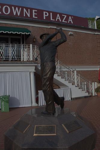 Hogan Statue