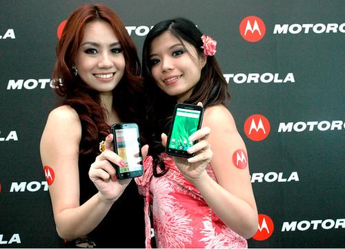 MOTO DEFY Models 04