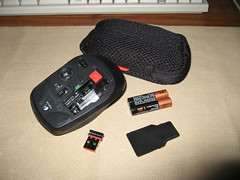 20071008:Logicool VX Nano Cordless Laser Mouse for Notebooks01