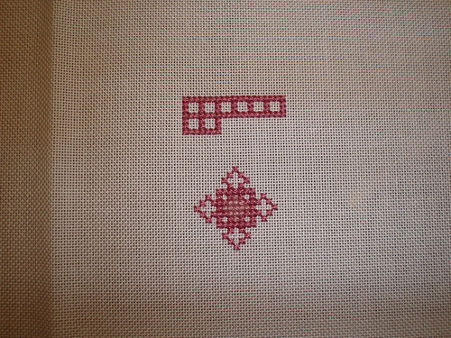 Rose Mosaic Needle Roll by M Designs