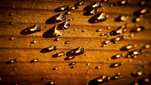 Droplets on Wood